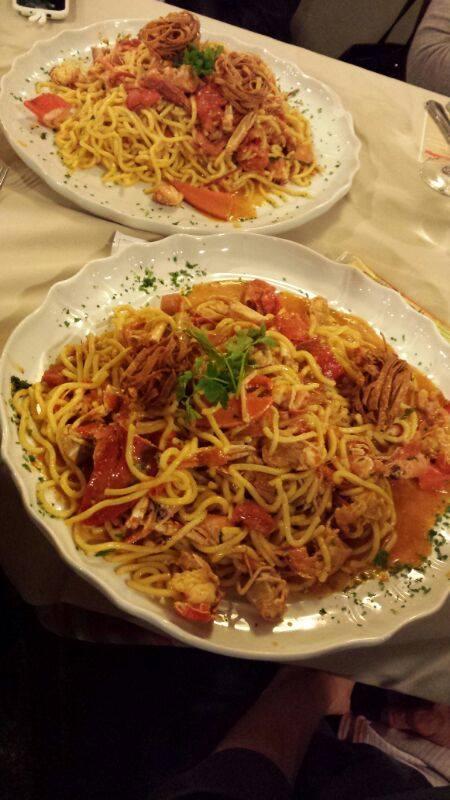 Spaghetti alla chitarra e sugo d'Astice